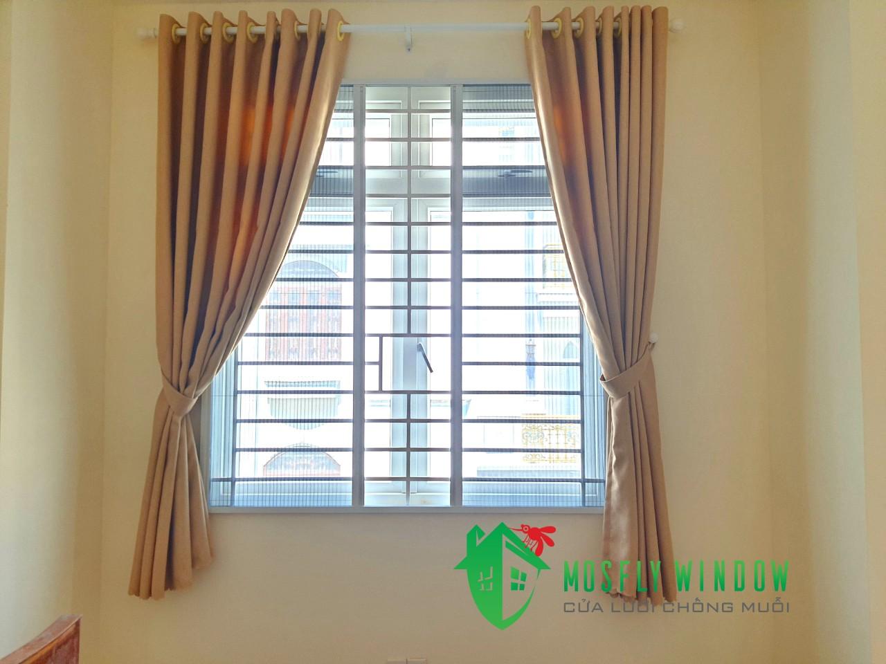 Cửa lưới chống muỗi dàng xếp có ray (4)